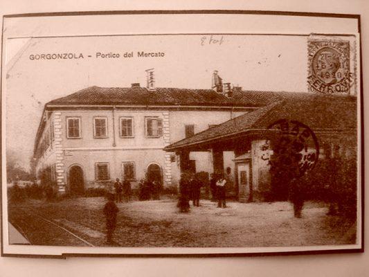 Portico del Mercato Cartolina - Foto dal sito ProLoco Gorgonzola - www. prolocogorgonzola.it