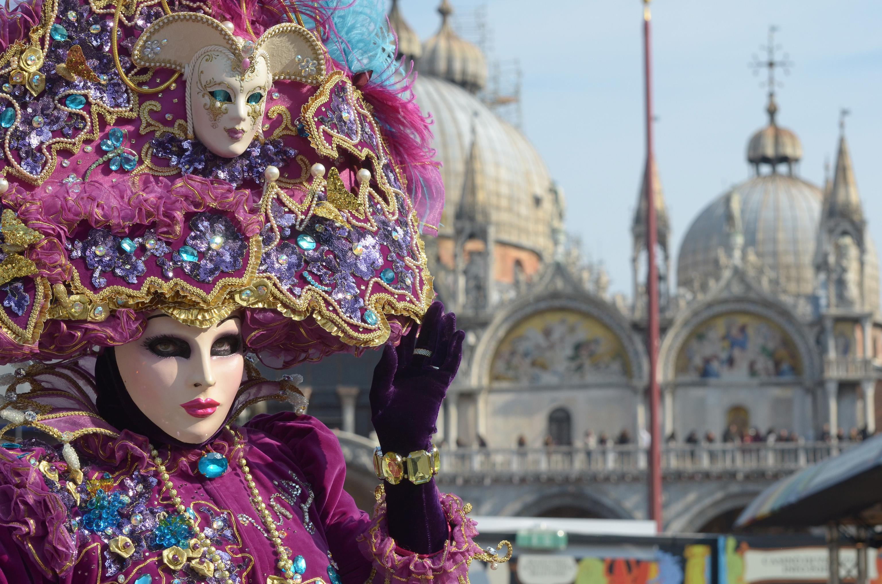 Venezia, nonostante e oltre il Carnevale