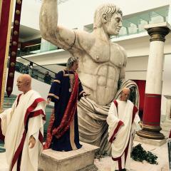 Turismo esperienziale: un artista al servizio della Roma imperiale